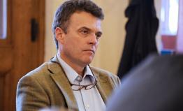 Czernin: Popírání holokaustu nemá chránit imunita, o Roznerovi má rozhodovat soud
