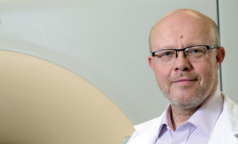 Válek: Kamery na nádory potřebují jasná pravidla