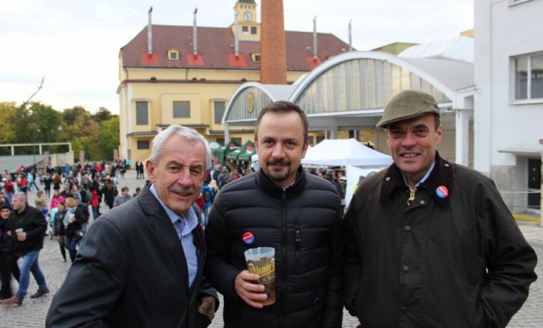 Kandidáti TOP 09 v Plzni zdůrazňovali význam svobody