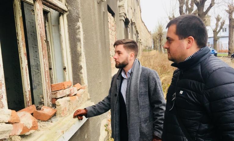 Politici TOP 09 přijímají výzvy, vyrazili do ghetta