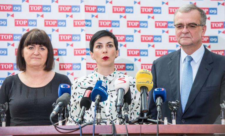 TOP 09: Stát trestá aktivní matky. Navrhujeme spravedlivější mateřskou