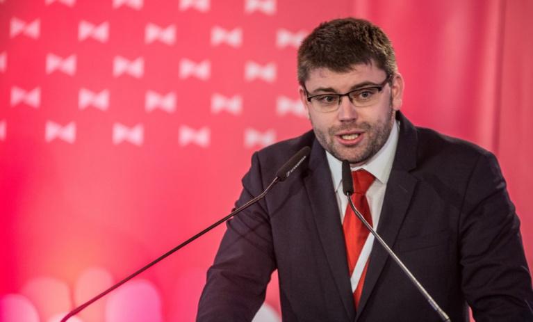 Jakob: O superministrovi Havlíčkovi a elektronické dálniční známce