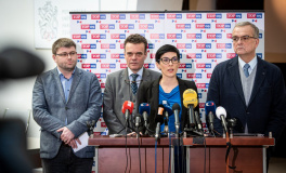 TOP 09: Sněmovna se musí distancovat od žaloby vlády na Evropskou komisi