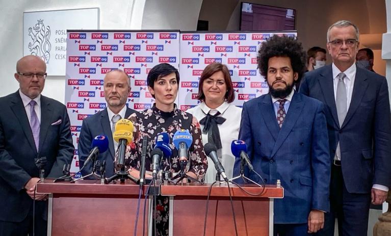 Nedopustíme, aby hybridní hrozby ohrožovaly  budoucnost České republiky a jejich občanů