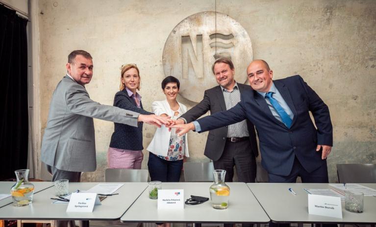 Spojenci pro Královéhradecký kraj podepsali koaliční smlouvu