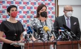 Peníze určené na volební kampaň posloužily k nákupu respirátorů